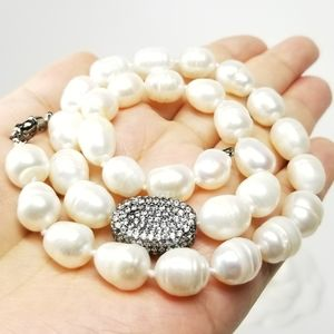 NEW Freshwater Baroque Pearls Necklace
